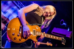 joanne-shaw-taylor-new-morning_15088456424_o