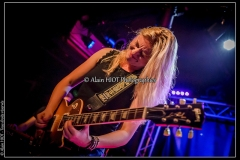 joanne-shaw-taylor-new-morning_15088946063_o