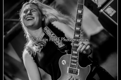 joanne-shaw-taylor-new-morning_15089064183_o