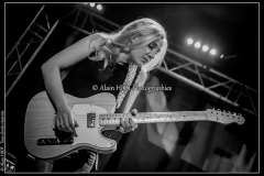 joanne-shaw-taylor-new-morning_15523344877_o