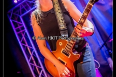 joanne-shaw-taylor-new-morning_15684593156_o