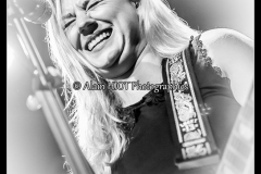 joanne-shaw-taylor-new-morning_15708458305_o