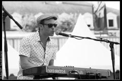karl-w-davis-the-sweetpeas-cahors-blues-festival_14548774727_o